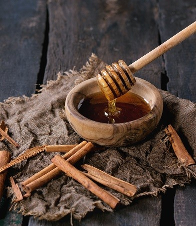 Honey and cinnamon benefits