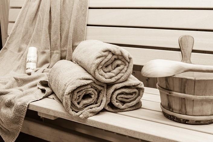 Sauna, Steam Rooms and Jacuzzies