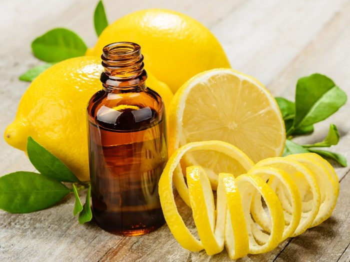 Top 3 Benefits of Lemon Oil