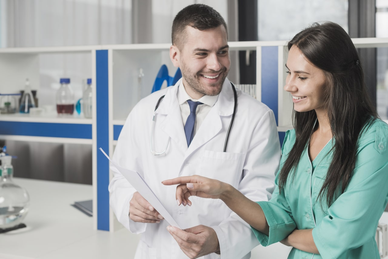 8 Reasons to Get a Job in Healthcare Industry